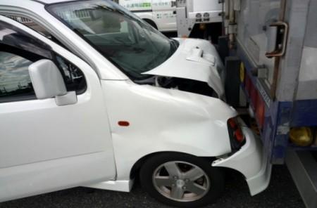 してはいけない「事故車を売る方法」