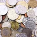 オートローンの固定金利と変動金利の選び方