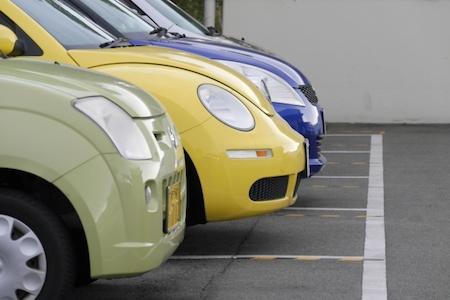 不人気車は安くてお買い得なので中古車選びの際は検討の余地あり!