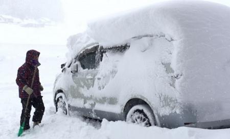 【注意】愛車の冬支度・冬季対策として最低限やるべきこと!
