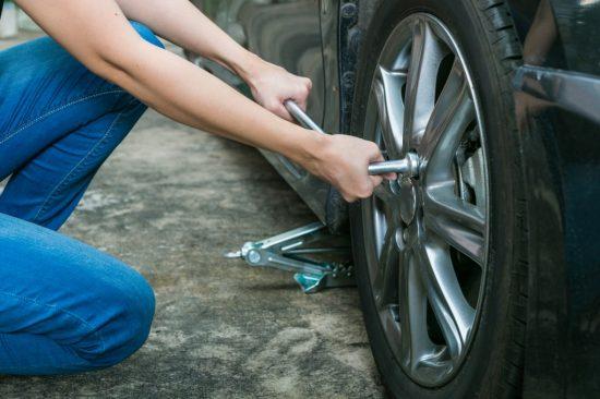 タイヤの付け替え