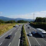 高速道路の登坂車線