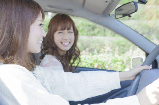 運転初心者の女性