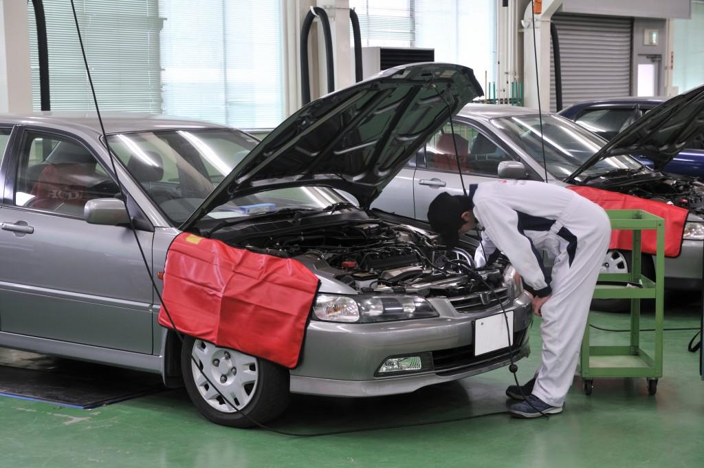 自動車の修理工場