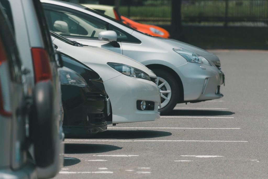 駐車場経営者になるために必要な資格と年収