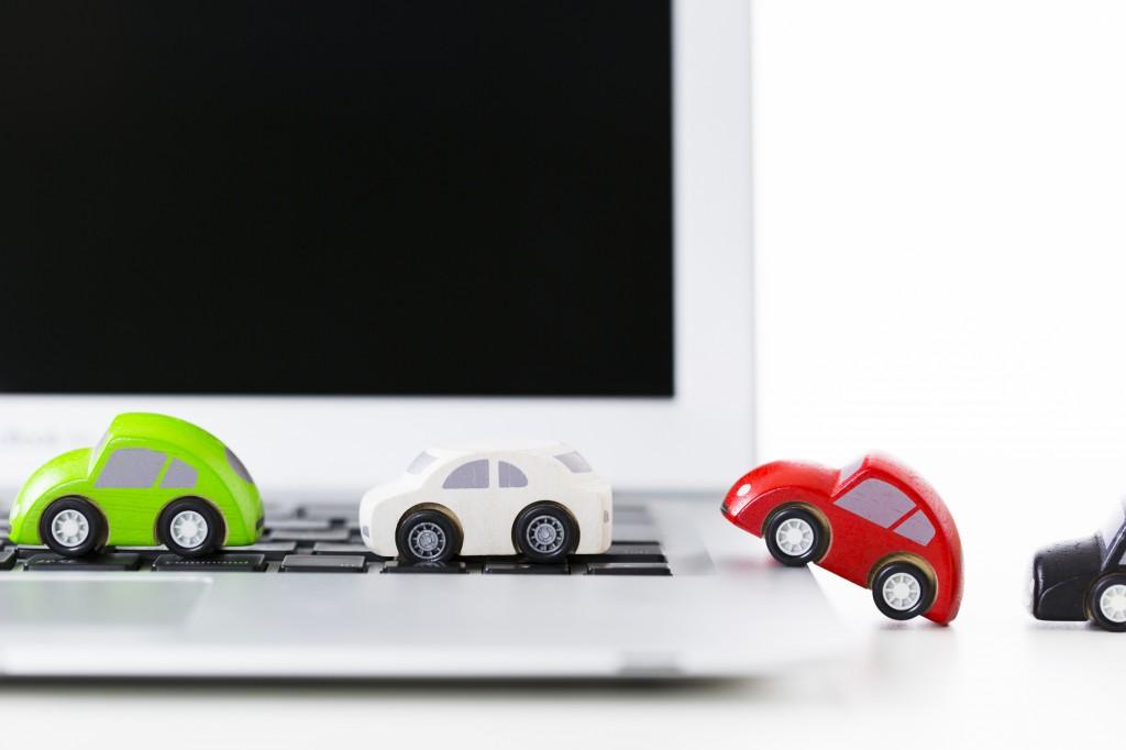 パソコンと車