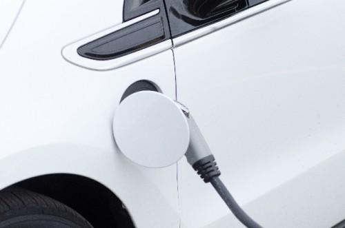 ガソリンの量は満タンがベスト?それとも半分くらいが良い?