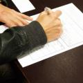 車を購入する時に公正証書を書かされた人は要注意!