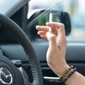 タバコやペットの臭いが付いた中古車!原因から消臭方法・グッズ