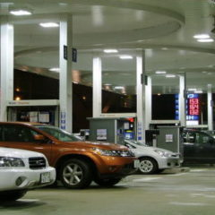 全国及び都道府県別のガソリンスタンド数の推移~近年は減少傾向